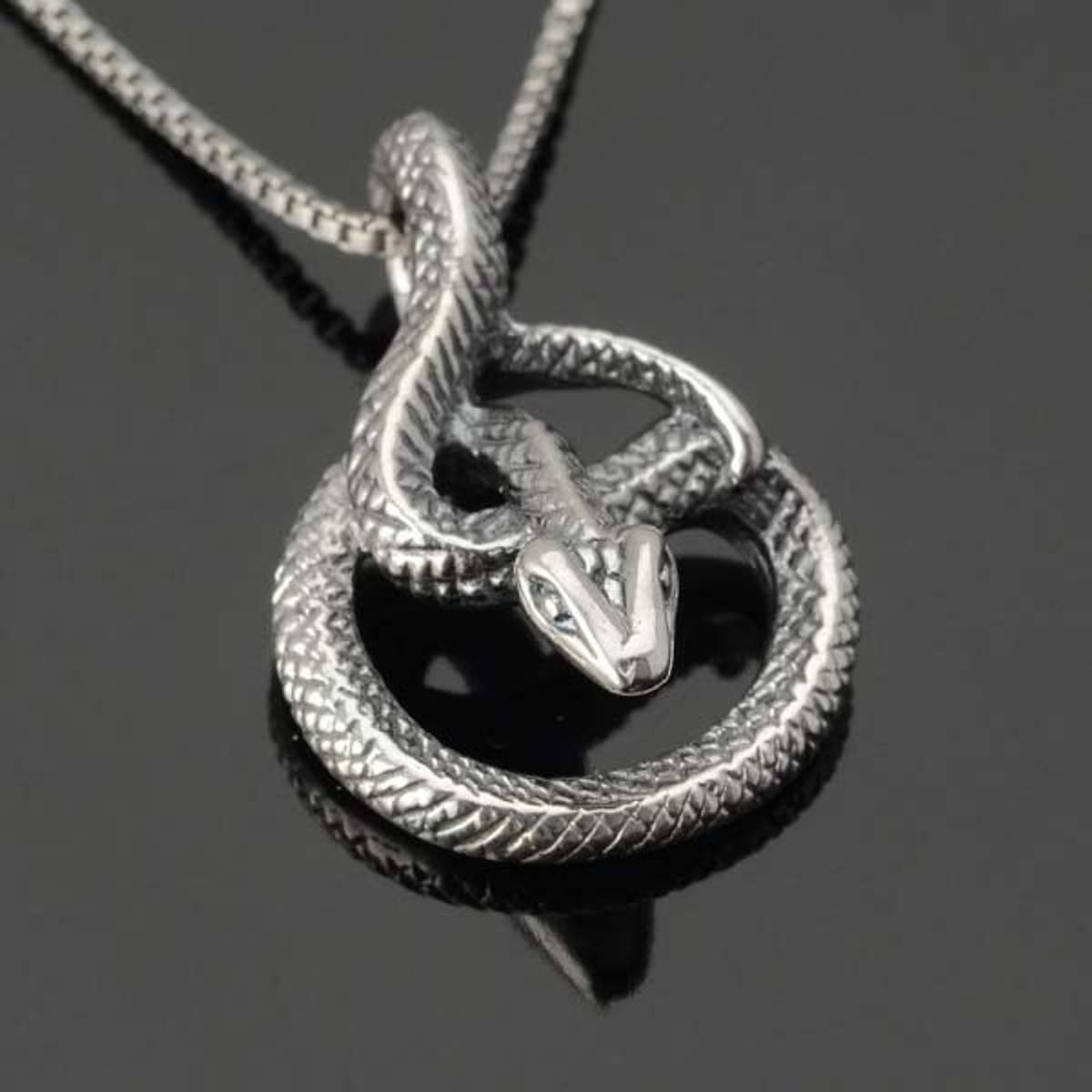 Serpentes - Sølvanheng